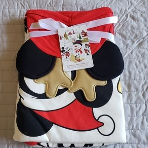 Disney My First Christmas Blanket & Hat Set